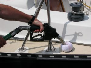 How To Fuel A Boat